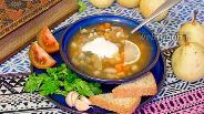Фото рецепта Рассольник из куриных сердечек с перловкой и сельдереем
