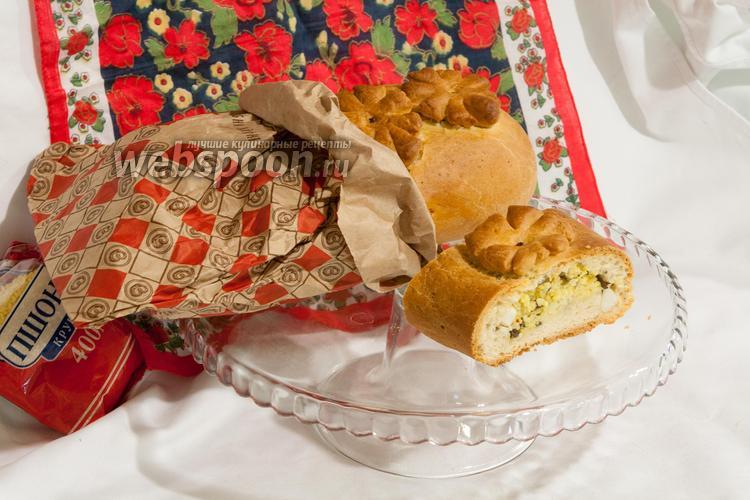 Фото Кулебяка с морской капустой, пшеном и яйцами