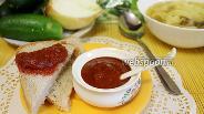 Фото рецепта Кетчуп из помидор и слив