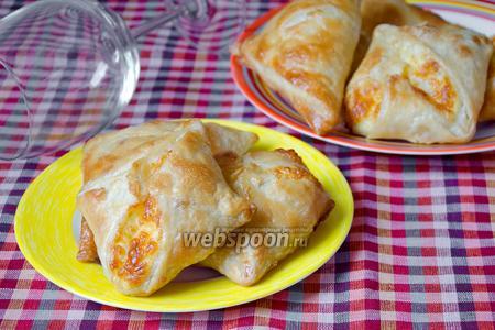 Хачапури по-грузински с сулугуни