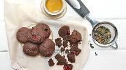 Фото рецепта Шоколадное печенье с вишней