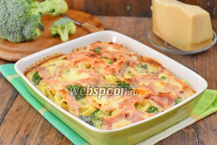 Фото Запеканка из лапши с овощами и сыром