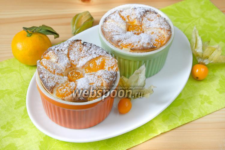 Фото Творожная запеканка с мандаринами и физалисом