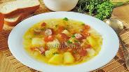 Фото рецепта Щи из квашеной капусты с копчёными сосисками