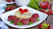 Фото рецепта Куриные тефтели в кизиловом соусе