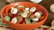 Фото рецепта Салат с физалисом «Мексиканские мотивы»