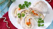 Фото рецепта Куриный рулет с омлетом