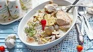 Фото рецепта Куриные грудки с грибами в сливочном соусе