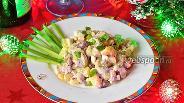 Фото рецепта Зимний салат с грибами и фасолью