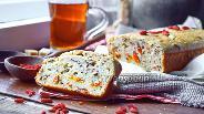 Фото рецепта Овсяный кекс с семенами льна и ягодами годжи