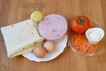 Для приготовления шаурмы с ветчиной вам понадобятся яйца куриные, картофель, ветчина, помидоры, морковь по-корейски, лаваш и майонез.