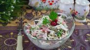 Фото рецепта Сочный салат с редькой и бужениной