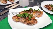 Фото рецепта Филе индейки, запечённое с вешенками, орехами и сыром