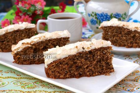 Ореховый пирог с безе