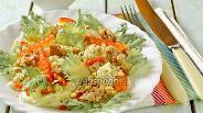 Фото рецепта Салат из пекинской капусты с тунцом и сладким перцем