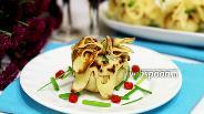 Фото рецепта Блинные мешочки с картофелем, фаршем и перцем