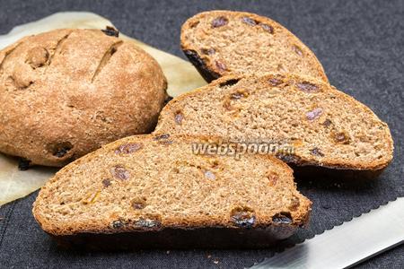 Ржаной хлеб с изюмом