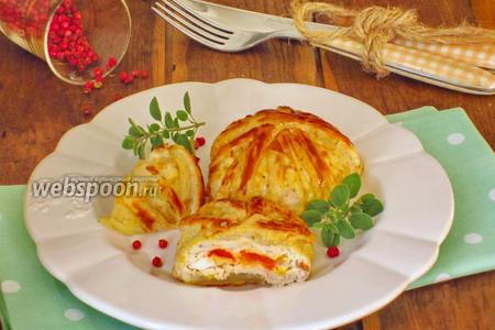 Куриные фрикадельки с начинкой в слоёном тесте