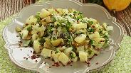 Фото рецепта Салат с картофелем, маринованными огурцами и зеленью