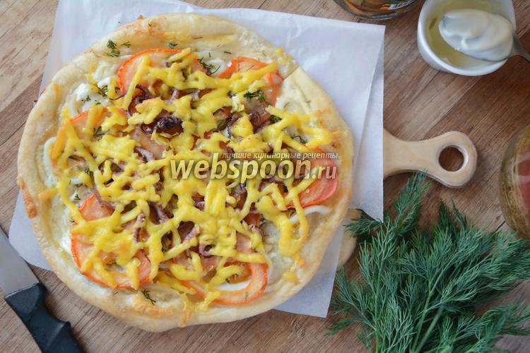 Фото Пицца с кальмаром и осьминогом