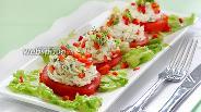 Фото рецепта Закуска из помидор с творожным сыром и зеленью
