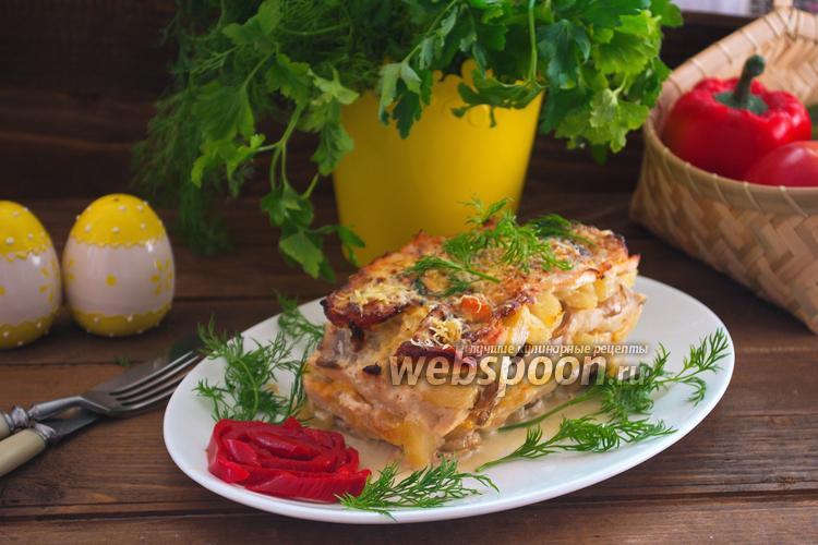 Фото Мясной торт с ананасами и грибами
