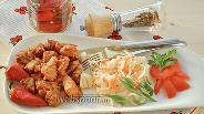 Фото рецепта Нежная свинина с имбирём и квашеной капустой