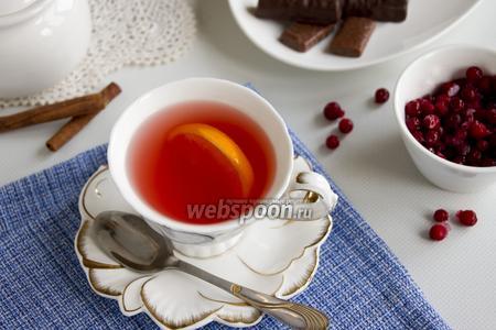 Зелёный чай с апельсином и брусникой