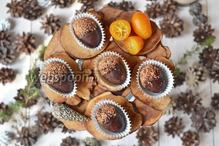 Фото Свежие кумкваты в шоколаде
