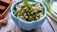 Фото рецепта Салат из перловой крупы и огурцов