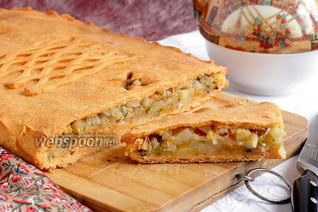Постный картофельный пирог на томатном тесте