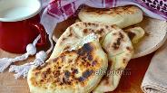 Фото рецепта Лепёшки Наан с сыром (Cheese Naan)