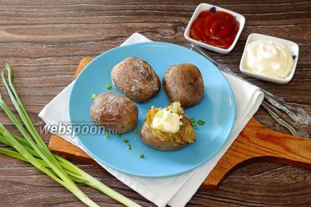 Картофель запечённый на сковороде