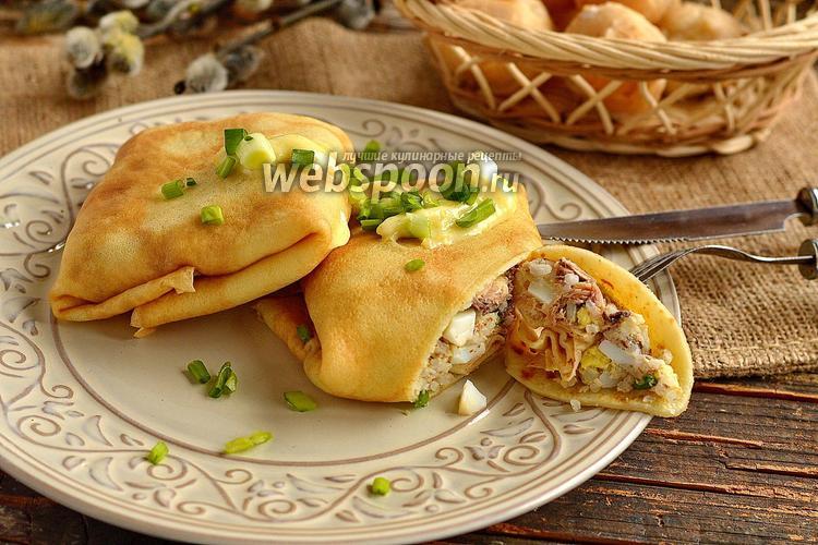 Фото Блины с сардинами в масле, рисом и яйцами