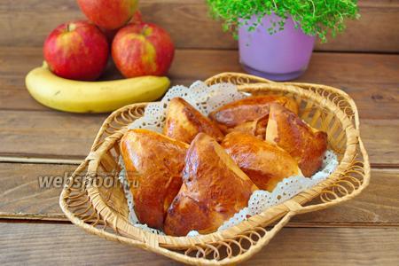 Дрожжевые пирожки с капустой и грибами в духовке