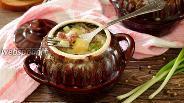 Фото рецепта Охотничьи колбаски с картофелем в горшочках