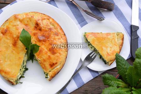 Фото рецепта Пирог с черемшой и яйцами