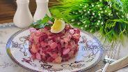 Фото рецепта Салат свекольный со свиным языком