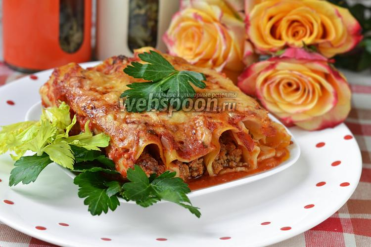 Фото Каннеллони в томатном соусе