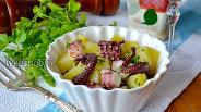 Фото рецепта Салат с осьминогом и картофелем