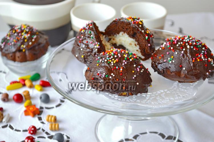 Фото Шоколадные пирожные с кокосом
