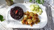 Фото рецепта Морские гребешки с вялеными помидорами, пореем и чёрным рисом