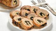 Фото рецепта Мясной рулет с морской капустой