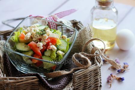 Салат «Летний» с козьим сыром