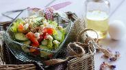 Фото рецепта Салат «Летний» с козьим сыром