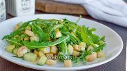 Фото рецепта Салат из рукколы с орехами