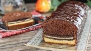 Фото рецепта Шоколадный кекс с печеньем