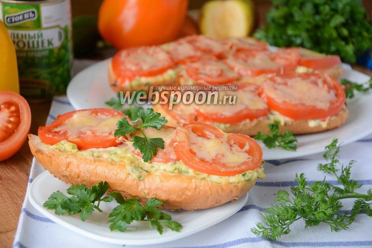 Фото Горячие бутерброды с сыром и помидорами
