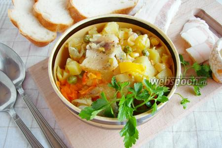 Картошка с овощами в горшочке