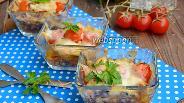 Фото рецепта Куриная грудка с орехами, помидорами черри и шампиньонами